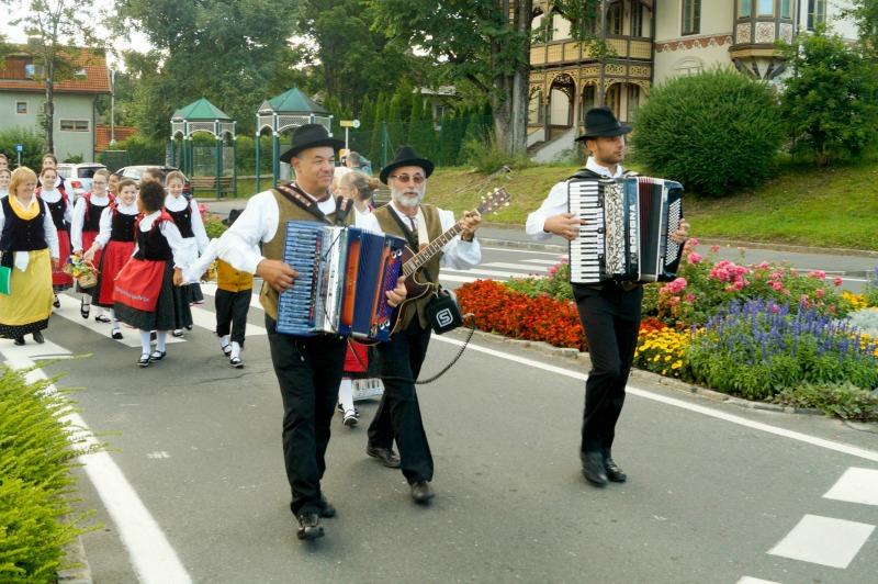 Seeboden, 14 luglio 2016 - Internationales Jugend-Volkstanz-Festival